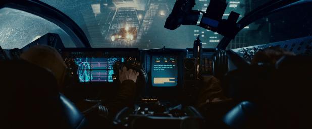 Кадр из фильма внутри «Спиннера»