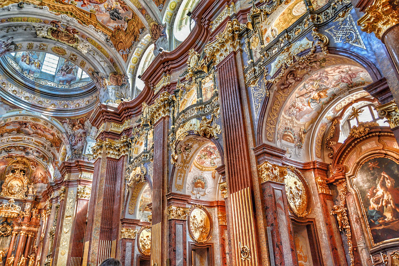Бенедиктинский монастырь в Мельке. Источник: www.nomadepicureans.com