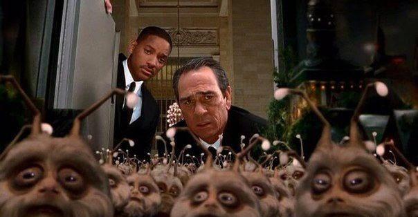 Кадр из фильма «Люди в черном 2»